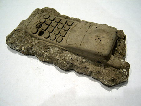 fossil_phone